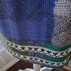 BCBGMaxAzria Dresses - BCBG MaxAzria Geometric colorful dress Size S New